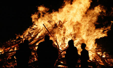 bonfire-notes-and-queries-001