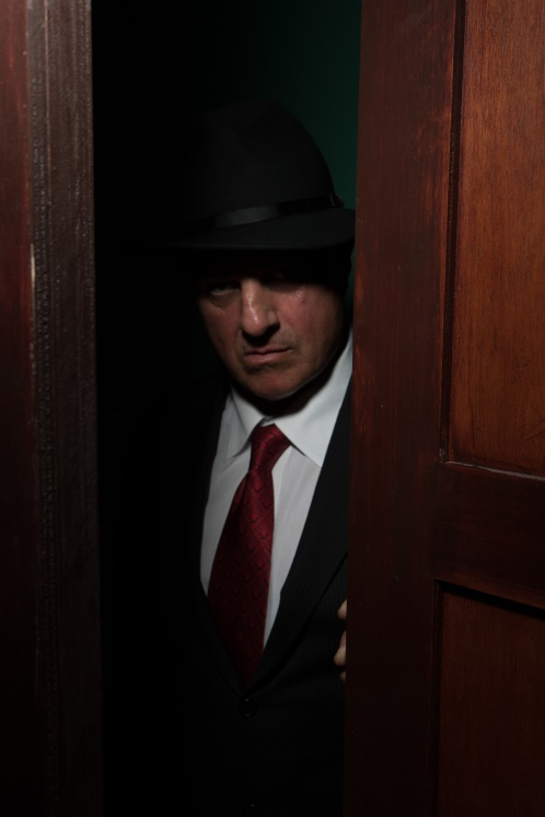 The-Speakeasy.-Freddie-Larson-as-Vinnie-3.-Photo-by-Peter-Liu